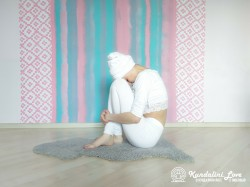 Будх Мудра 2. Упражнение Кундалини Йоги картинка
