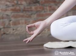 Гьян Мудра в Кундалини Йоге картинка