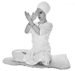 Лопасти вентилятора (быстрые движения руками) 1. Упражнения Кундалини Йоги картинка