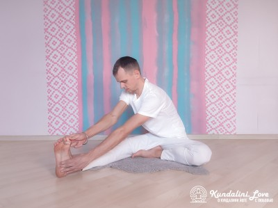 Маха Мудра 2. Упражнение Кундалини Йоги картинка