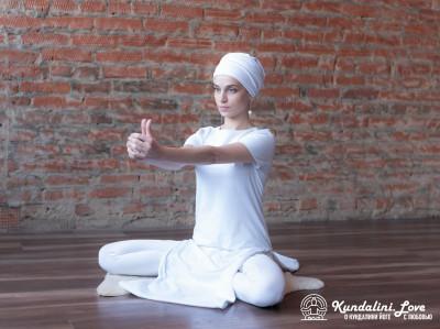 Медитация Кундалини Йоги для увеличения жизненного калибра картинка