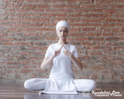 Медитация «Прикосновение Мастера». Кундалини Йога картинка