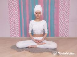 Медитация под песню «Бог, Ты — моя любовь». Упражнение Кундалини Йоги картинка