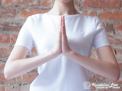 Мудра молящегося или Молитвенная мудра в Кундалини Йоге 2 картинка