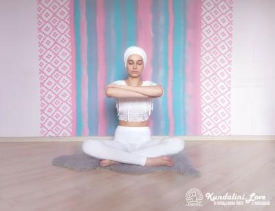 Пение мантры «Хар Харэй». Упражнение Кундалини Йоги картинка