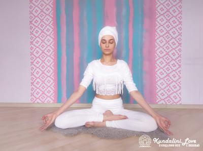 Пение Сарб Шакти Мантры. Упражнение Кундалини Йоги картинка