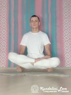 Подбрасывание тела в Позе Лотоса 2. Кундалини Йога картинка