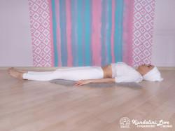 Подъемы рук и ног на 4 счета. Упражнение Кундалини Йоги 3 картинка