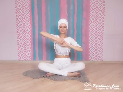 Поднимание и опускание локтей 1. Упражнение Кундалини Йоги картинка