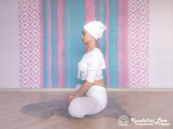 Поза Бабочки 2. Упражнение Кундалини Йоги картинка
