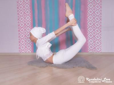 Поза Лука. Упражнение Кундалини Йоги 2 картинка