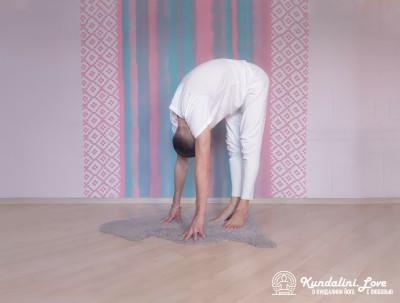 Поза Лягушки 2. Упражнение Кундалини Йоги картинка
