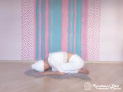 Поза Сфинкса 2. Упражнение Кундалини Йоги картинка
