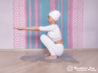 Приседания в Позе Ворона 1. Упражнение Кундалини Йоги картинка