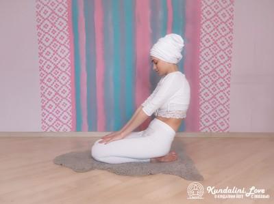 Прогибы позвоночника в Позе Скалы 2. Упражнение Кундалини Йоги картинка