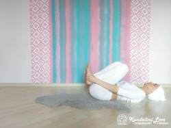 Цикл упражнений лежа на спине 2. Кундалини Йога картинка
