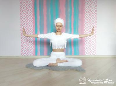 Цикл упражнений в Простой Позе 1. Упражнение Кундалини Йога картинка