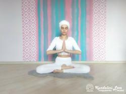 Цикл упражнений в Простой Позе 3. Упражнение Кундалини Йога картинка