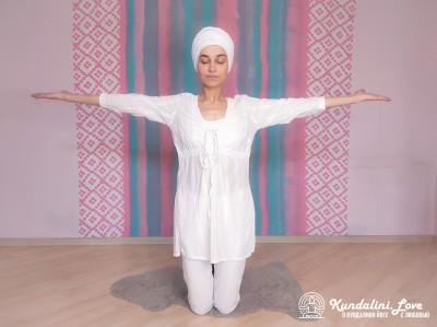 Вставание на коленях 2. Упражнение Кундалини Йоги картинка